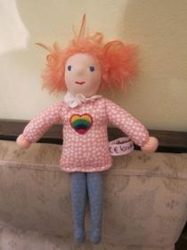 Pixie Puppe, Taschen Puppe, Stoff Puppe Meghan mit großem Herz, rosa Haare, Pocket doll 25 cm, Montessori or Waldorf Handgenähted: 100140675) - Handarbeit kaufen