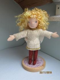 Schutzengel Stoffpuppe, Julietta, handgenähte Engels Puppe, Waldorfstil, Weihnachten, Taufe, Schulanfang - Handarbeit kaufen