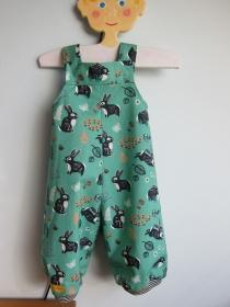 Baby Strampler Mitwachs Häschen Hüpf Strampler  Ökologischer Birch grüner Baumwolle Stoff Gr. 62-68 - Handarbeit kaufen