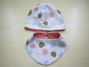 Mütze und  Schal, Glitzer Punkte Schal mit rosa jersey Futter, Öko Kinder Schal pastell - Handarbeit kaufen