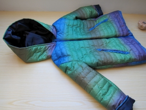 Kapuzen Winter Anorak in Regenbogen Farben, handmade Jacke mit Taschen, Mantel, Buben oder Mädchen, gr 110 - Handarbeit kaufen