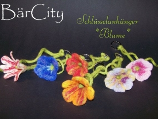 Schlüssel-oder Taschenanhänger Blume,gefilzt,Filz