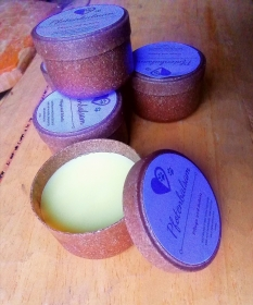 Pfotenbalsam, Pflegt und schützt die Pfoten ihres Hundes mit Olivenöl, Sheabutter, Bienenwachs, ohne Zusatzstoffe