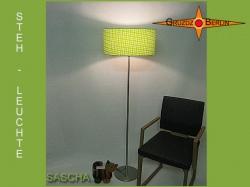 Grüne Stehlampe SASCHA kariert