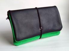 Tabakbeutel Leder schwarz & grün