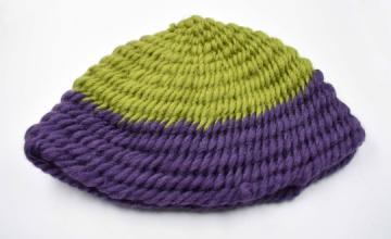 Wikinger Mütze ♡ Nadelgebundene Mütze im York Stich ♡ Naalbinding ♡  Nadelbinden ♡  grün-lila ♡ Umfang ca. 55- 60 cm ♡ Mittelalter Kopfbedeckung