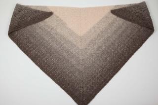 XL Dreieckstuch gehäkelt Schultertuch, Tuch, Stola leicht und wärmend - Handarbeit kaufen