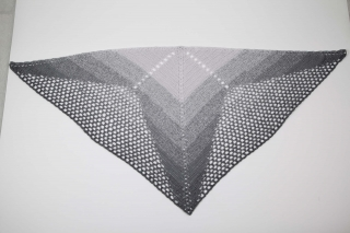XL Dreieckstuch gehäkeltes Schultertuch, Tuch, Stola luftig leicht anthrazit