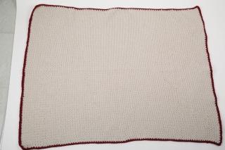 handgehäkelte warme Decke zum Beispiel zum Lesen über die Knie  - Handarbeit kaufen