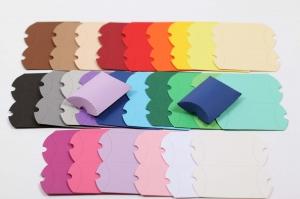 48 Mini-Pillow Boxen Rohlinge als Schmuckkarton oder für Tombola usw. zum Selber Basteln (ungeklebt)