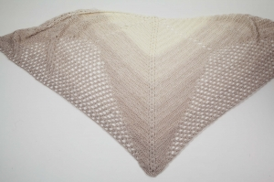 XL Dreieckstuch gehäkeltes Schultertuch, Tuch, Stola luftig leicht, Baumwollmischung - Handarbeit kaufen