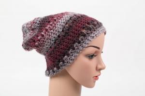 kuschelig warme Häkelmütze Mütze Wintermütze für Damen Beanie mit Degrade-Effekt in Beere - Handarbeit kaufen