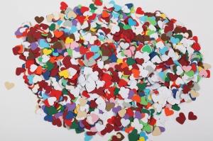 3000 mini Herzen als Streudeko, Tischdeko , Konfetti, Stanzteile zur Kartengestaltung - Handarbeit kaufen