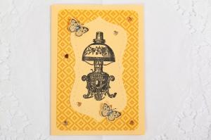 handgemachte Karte mit Stempelmotiv und Schmucksteinen und Schmetterlingen verziert - Handarbeit kaufen