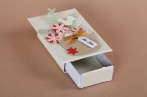 Mini Geschenkverpackung für kleine Kostbarbkeiten oder um Geld zu verschenken - Handarbeit kaufen