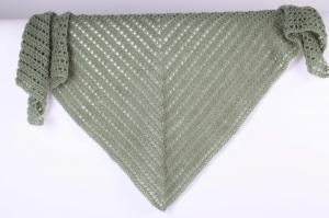Dreieckstuch gehäkelt Schultertuch, Tuch,  luftig leicht und wärmend aus Wolle mit Mohair (Naturfaser) - Handarbeit kaufen