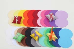 25 Mini-Pillow Boxen Rohlinge als Schmuckkarton oder für Tombola usw. zum Selber Befüllen - Handarbeit kaufen