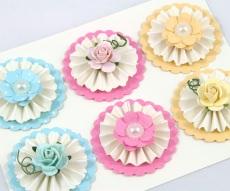 6 Maulbeere Papierrosen und Stock Papierblumen Mix