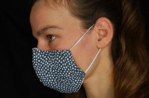 Mund-Nasen-Maske, grau-weiss getupft, Baumwolle, mit Nasenbügel (Nr. 17B)