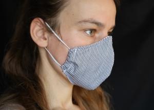 Mund-Nasen-Maske, fein schwarz-weiss gestreift, Baumwolle, Nasenbügel, (Nr. 7 B)