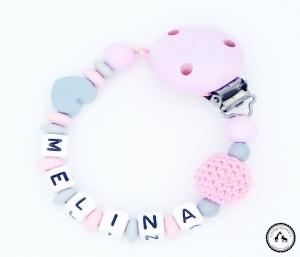 ♡ Schnullerkette mit Namen - Häkelperle/Herz in hellgrau/rosa ♡