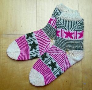 Stars & Stripes, Strickanleitung für Socken in Fair-Isle-Technik
