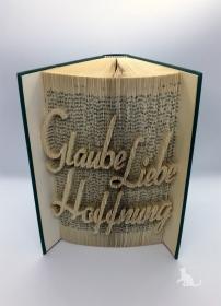 gefaltetes Buch mit Schrift ♥ Glaube Liebe Hoffnung ♥ mit grünem Einband und Dekosteinen verziert kaufen