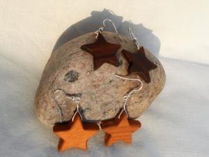 Sternchen-Ohrringe aus Holz ★