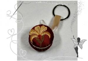 Edler Macaron Schlüsselanhänger mit Blumenmotiv für kleine Dinge zum Aufbewahren - Handarbeit kaufen