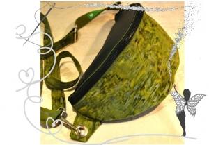 Orginelle ,elegante, grüne Gürteltasche in Batikoptik  ,verstellbar