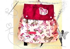 Handgenähter, farbenfroher Kinderrucksack mit Pferde-Motiv - Handarbeit kaufen