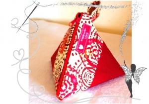 Rotes orginelles Schminktäschen mit Kreis-Motiv, Universaltäschchen - Handarbeit kaufen