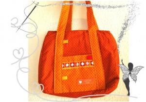 Schicke, kleine Mädchenhandtasche , orange mit Punkten