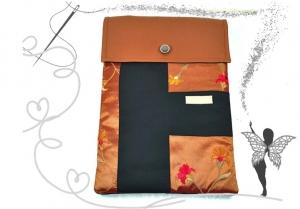 Reserviert. Elegante,ausgefallene Laptop-Tasche,Ligtbook-Tasche wasserdicht bei leichter Nässe