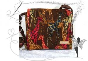 Handgenähte praktische Umhängetasche im Safari-Look - Handarbeit kaufen