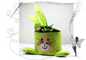 Kleines ,dekoratives Osternest  im Osterhasenlook