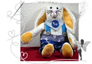 Fröhlicher Hase Fridolin,Eigenkreation,mit Liebe handgemacht