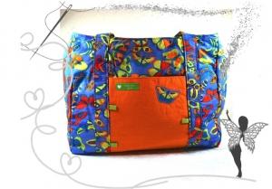 Große, farbenfrohe Mädchentasche, mit bunten Schmetterlingen - Handarbeit kaufen