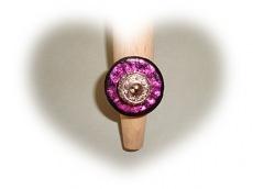 Handgearbeiteter Ring mit Perle