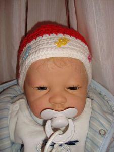 Knallbonbon - gehäkelte Babymütze