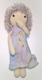 Fenya in winter : Liebevoll gearbeitete Puppe