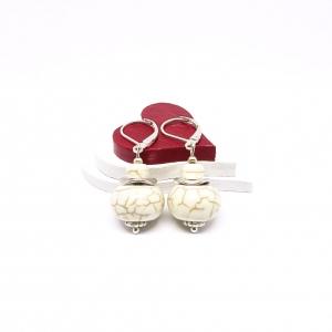 ♥ Silberfarbene Ohrringe – synthetischer Türkis, Perlen in Abakusform ♥