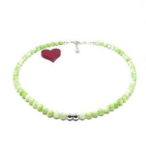 ♥ Perlmuttkette in einem wunderschönen zarten hellgrünen Farbton, 6 mm  ♥