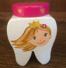 Handbemalte Zahndose mit Prinzessin und Schloss