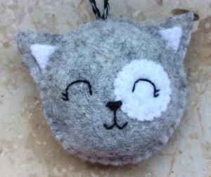 Handgenähter Schlüsselanhänger Katze Filz Wollfilz für alle Katzenliebhaber!