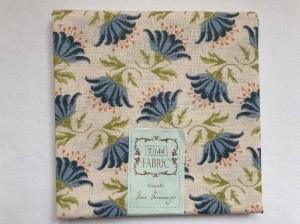 Tilda Fat Quarter blau mit Blüten - Handarbeit kaufen
