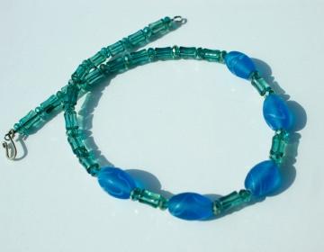Halskette LAMPWORK blau grün Oliven Glas Metall versilbert verspielt Unikat