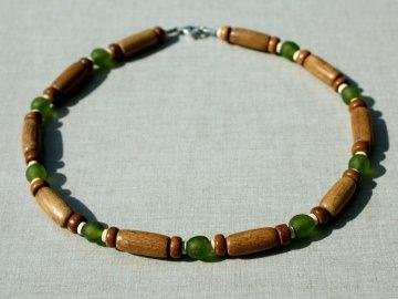 Halskette Holz afrikanische KROBO-Perlen Keramik Edelstahl Leder braun grün Männer Frauen ethno rustikal schlicht