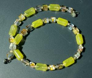 Halskette GELB mundgeblasenes Glas Millefiori-Würfel silbrig  - Handarbeit kaufen