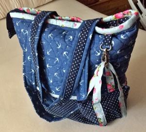 Reise- und Einkaufsshopper in Blau mit extra Täschchen aus Baumwolle